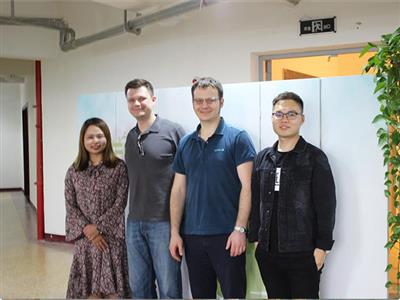 Apr 20, 2017, client from Russia visited FEEO company.